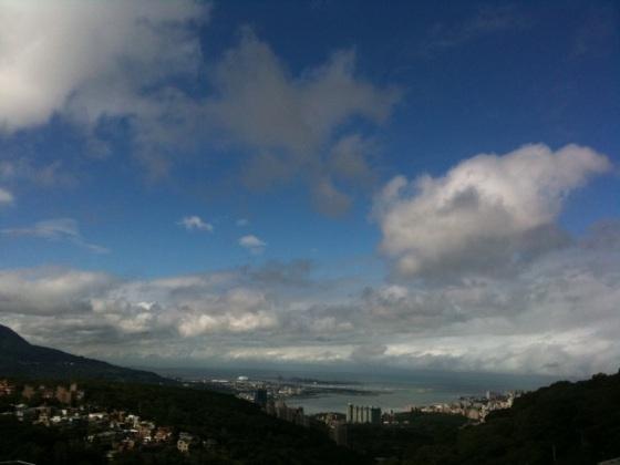 窗外的天空